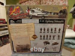 21st CENTURY TOYS, P-38 LIGHTNING FIGHTER US ARMY AIR FORCES, 1/18th Scale
