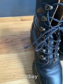 Doc Martens Boots Leona Heeled Womens Size 8 EUR 39 Black