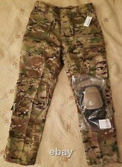 US Army Air Force OCP MULTICAM combat pants withKnee Pads Medium Regular uniform