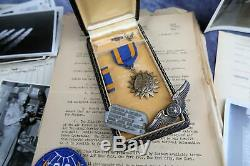 WW2 soldier Air Medal wings US Army Air force Corp USAF NAME combat bomber group