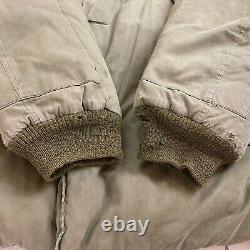 WWII Eddie Bauer B-9 US ARMY Air Force Quilted Fur Collar Down Size 38 Coat ODOR