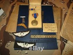 Armée Us Wwii 13e Air Force Gunners Uniforme Médaille Paperasserie Groupement Named