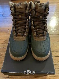 Hommes Nike Air Force 1 Duckboot Arbre Plage / Gomme Lumière / Obscurité Armée Taille 8