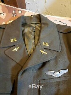 Officiers De La Force Aérienne Seconde Guerre Mondiale L'armée Américaine Ike Jacket Grouping