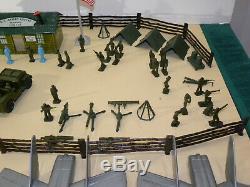 Rare 1950 Vintage Marx Armée Et La Force Aérienne Centre De Formation Ensemble De Jeu Complet