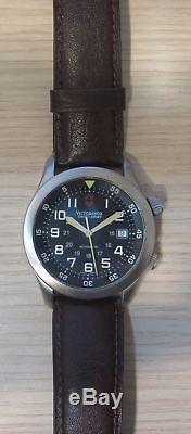 Véritable Victorinox Swiss Army Hommes V. 25081 Automatique Swiss Air Force Date De La Montre