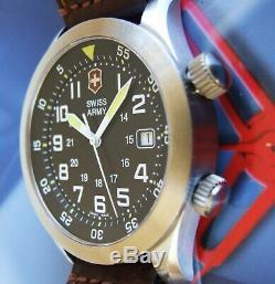 Victorinox Swiss Armyrare Hommes Airboss Mach 2 Airforcesapphire + Oem Leathernice