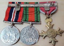 Ww2 Armée Britannique, La Marine Ou La Force Aérienne Ordre De L'empire Britannique Groupe Médaille